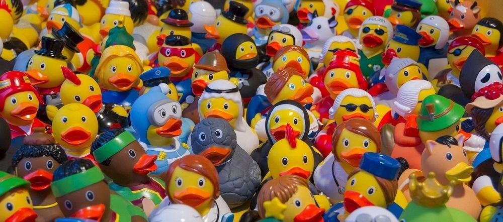 Desinfectar juguetes de plástico con ozono elimina todos los virus y gérmenes