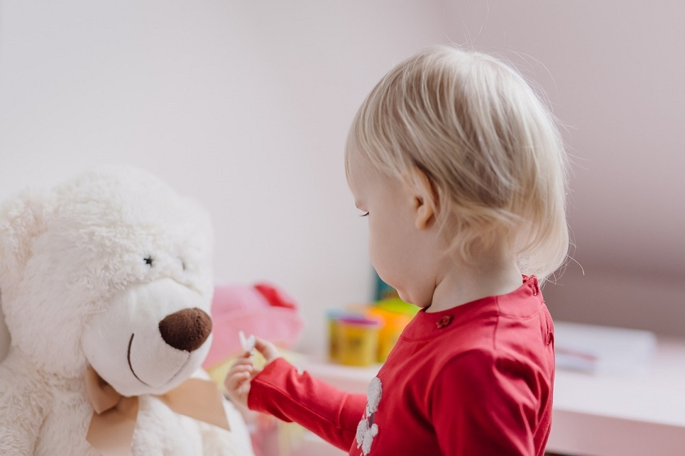 Un ozonizador es ideal para limpiar y desinfectar juguetes y peluches y que los niños puedan jugar seguros y libres de virus