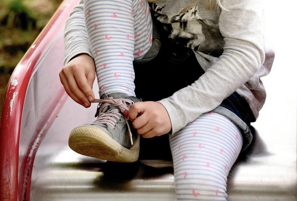 Limpiar los zapatos con ozono elimina los virus